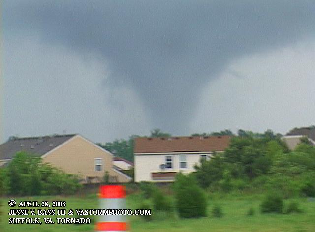 tornado pics nc. VIDEO CLIP OF WEAK SPIN UP, NC